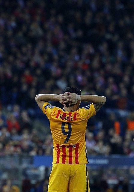Atlético Madrid - Barcelona: Luis Suárez a jeho zklamání