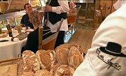 Francouzský šéfkuchař Marc Veyrat ve své restauraci ve francouzských Alpách