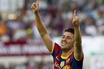 David Villa se raduje z prvního soutěžního gólu v dresu Barcelony.