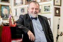 Ředitel zahraničního odboru Kanceláře prezidenta republiky Hynek Kmoníček