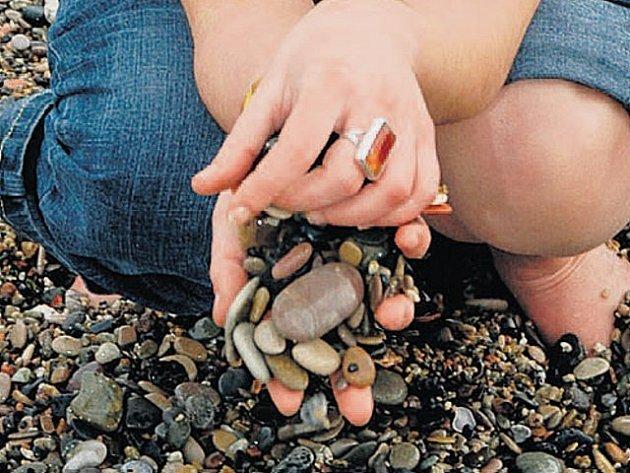 Kameny na památku. Nasbírejte si je na dovolené, doma je můžete