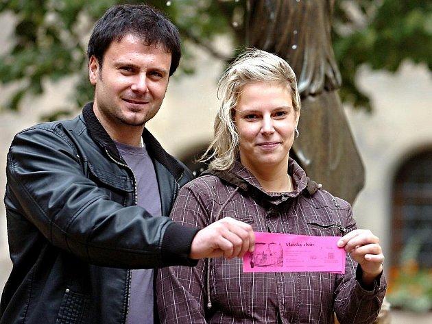 Vlašský dvůr v Kutné Hoře přivítal ve středu 1. září 2010 svého miliontého návštěvníka. Byl jím pětadvacetiletý Filip Toman z Klatov, který s přítelkyní Hanou Trojánkovou vyrazil do stříbrného města obdivovat památky.