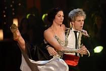 Jan Onder a Kateřina Baďurová 22. prosince v Praze při generální zkoušce finále páté řady televizní taneční soutěže StarDance...když hvězdy tančí.
