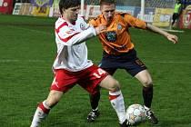 Na jaře Pacanda (v bílém) v české lize hájil barvy Zlína.
