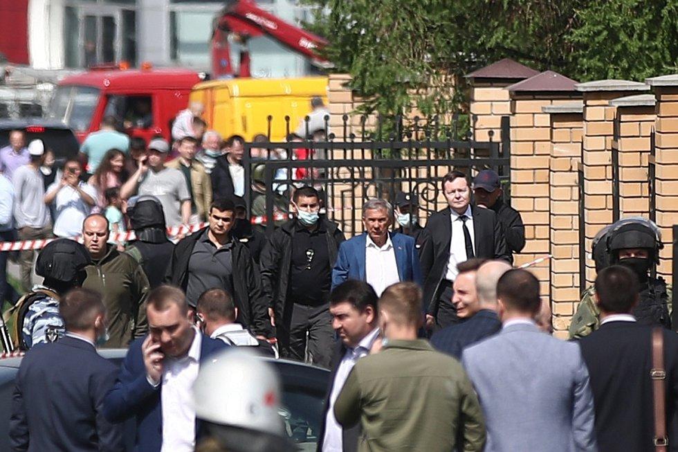Na místo dorazil i prezident Tatarstánu Rustam Minnichanov