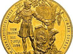 Patnáctidukátová zlatá korunovační medaile z roku 1867.