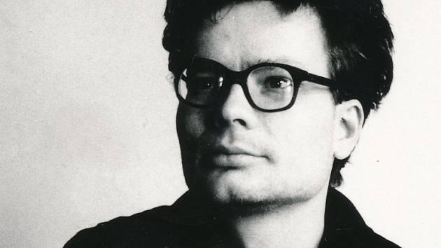 Alexandr Vondra jako jeden ze tří mluvčích Charty 77 v roce 1989