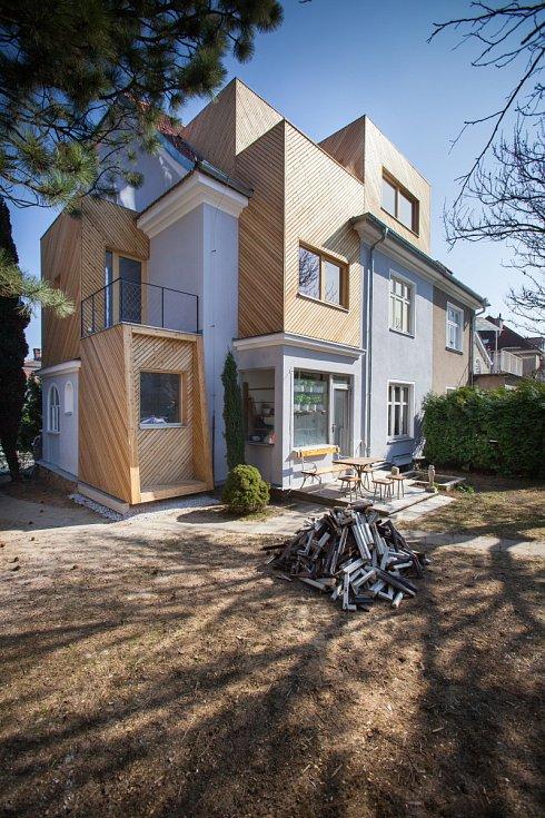 Architektura - Studio AEIOU - Rekonstrukce rodinného domu Lerchova v Brně
