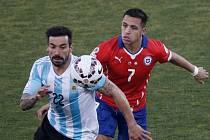 Chile vs. Argentina: Alexis Sanchez a Ezequiel Lavezzi