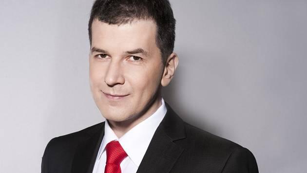 Moderátor zpravodajství České televize Jakub Železný.