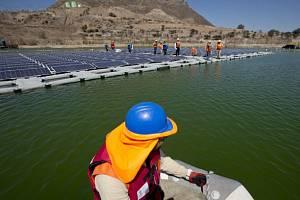 V Chile testují plovoucí solární elektrárnu