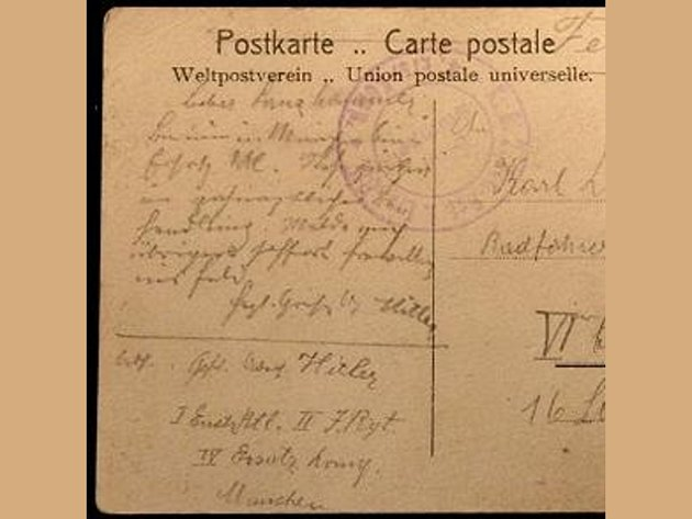 V Mnichově se našla pohlednice, kterou 27letý Adolf Hitler jako voják zraněný v 1. světové válce napsal příteli z fronty Karlu Lanzhammerovi.