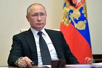 Ruský prezident Vladimir Putin na videokonferenci ke koronaviru, 16. dubna 2020
