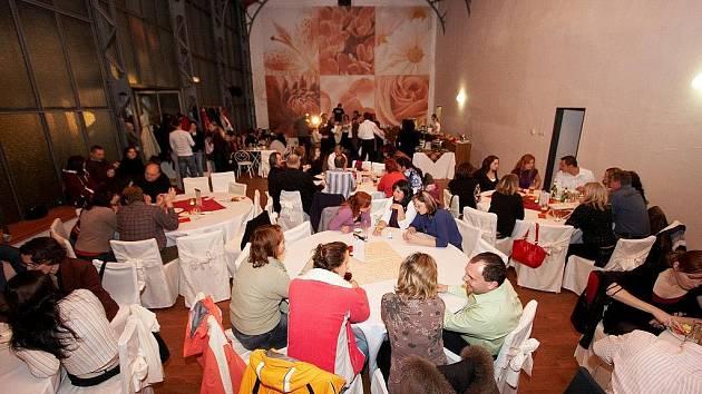 Návštěvníci portálu Deník.cz zvolili nejlepší informační centra v České republice. Vítězové v jednotlivých krajích byli oceněni v rámci slavnostního večera, který se odehrával v areálu zámku Loučeň na Nymbursku.