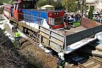 Šest zraněných si ve čtvrtek 22. dubna 2010 vyžádala železniční nehoda osobního vlaku a nákladního vozidla na přejezdu v Poříčí na Benešovsku. Vlakem cestovalo asi čtyřicet lidí, mezi nimi žáci Základní školy v Kouřimi na Kolínsku, kteří byli na výletě.
