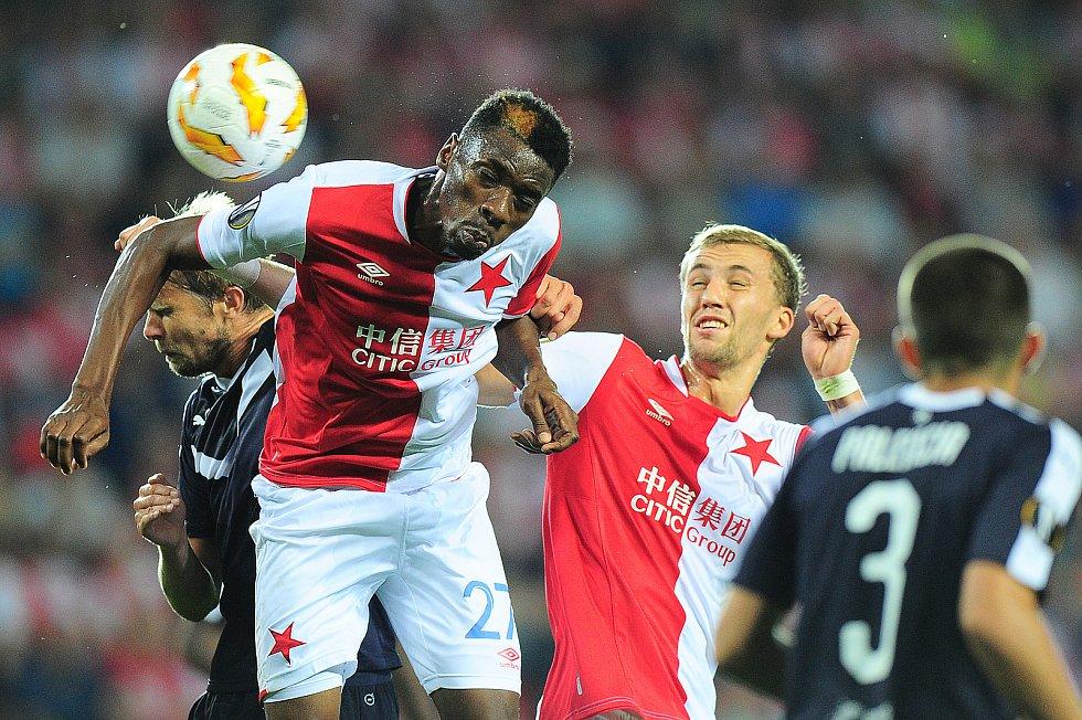Fotbalové utkání Evropské ligy mezi celky SK Slavia Praha a FC Girondins Bordeaux  20. září v Praze. Traoré.