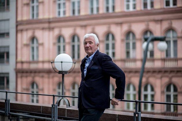 Jan Žerovnický poskytl 19. prosince v Praze rozhovor Deníku.