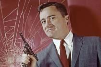 V New Yorku dnes zemřel poslední žijící hrdina legendárního westernu Sedm statečných Robert Vaughn.