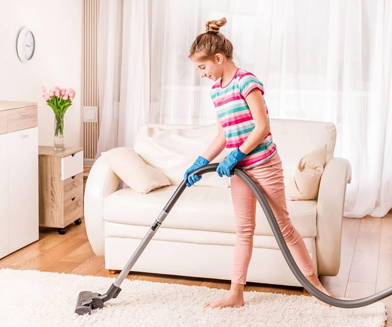 Děti se podle výsledků Minisčítání celkem významně zapojují do domácích prací.
