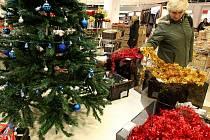 Vánoce by prý letos měly být kvůli krizi levnější.