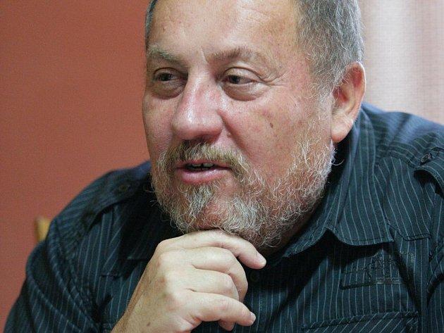 Záhadolog Arnošt Vašíček.