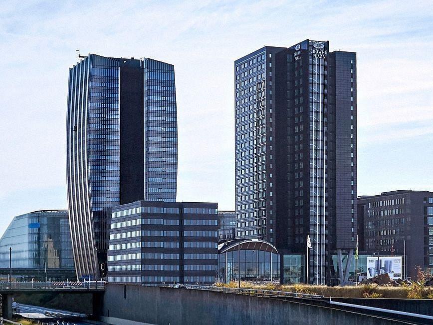KOMFORT. Čtyřhvězdičkový hotel přímo naproti aréně využívají čeští hokejisté během mistrovství světa.