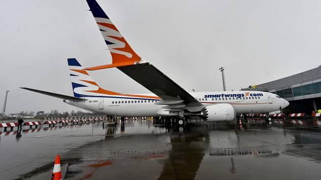 Letoun Boeing 737 MAX 8 společnosti SmartWings na Letišti Václava Havla v Praze
