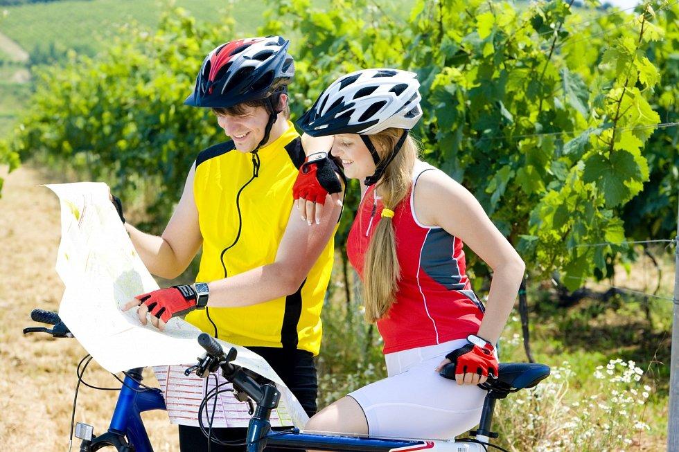 V sedle. Asi největší předností jízdy na kole je možnost přizpůsobit vyjížďky různým potřebám a situacím.