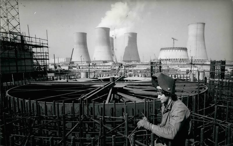 Jaderná elektrárna Jaslovské Bohunice na území Slovenska byla poprvé uvedena do provozu v prosinci roku 1972.