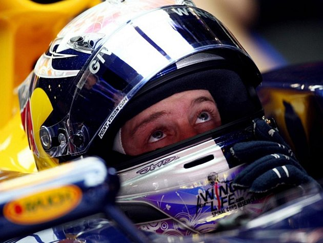 Sebastian Vettel na okruhu Catalunya v Barceloně.