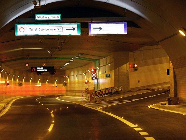 Tunelový komplex Blanka 30. září.