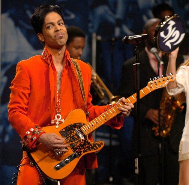 Ve věku 57let dnes zemřel americký zpěvák a multiinstrumentalista Prince.