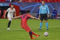 Olivier Giroud v dresu Chelsea