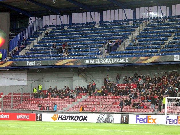 Skalní fanoušci Sparty zápas s Apoelem bojkotovali.
