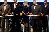 Slavnostní ceremoniál přejmenování ruzyňského letiště na Letiště Václava Havla proběhlo 5. října v Praze.