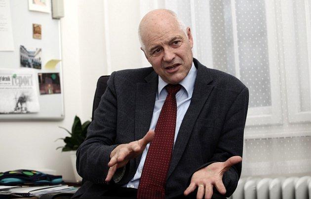 Rektor VŠCHT VPraze Karel Melzoch.