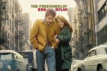 Slavný snímek Boba a Suze se objevil na obalu alba The Freewheelin Bob Dylan