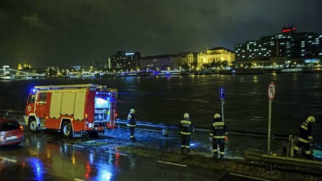 V Budapešti se potopila výletní loď