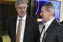 Předseda strany Most-Híd Béla Bugár (vlevo).
