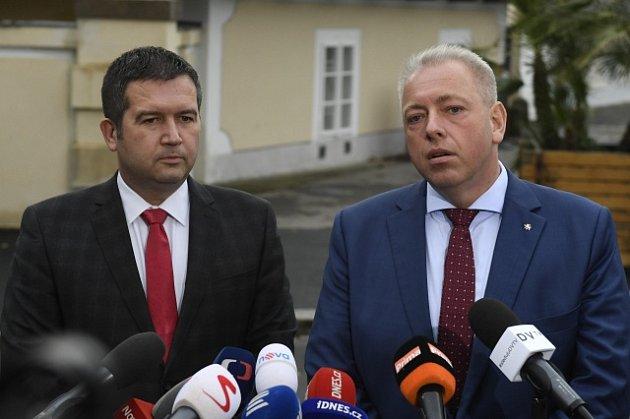 Zástupci ČSSD, zleva Jan Hamáček a Milan Chovanec