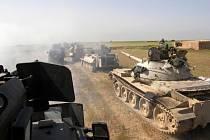 Kurdské jednotky u Kirkúku (na archivním snímku).