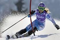 Šárka Záhrobská ve slalomu SP ve Špindlerově Mlýně.