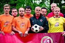 Fotbalisté Sokola Puklice si vyzkoušeli, jaké je trénovat pod ligovým koučem Vítězslavem Lavičkou.