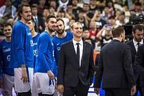 RADOST. V Číně měli Michal Šob (uprostřed) i všichni hráči českého týmu důvody k úsměvu.