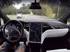 Tesla zveřejnila video, které ukazuje, jak svět vidí její autopilot.