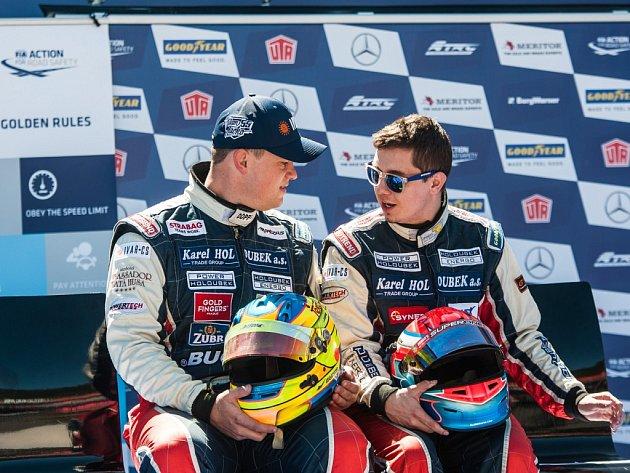 Piloti Buggyry Adam Lacko (vlevo) a Jiří Forman.