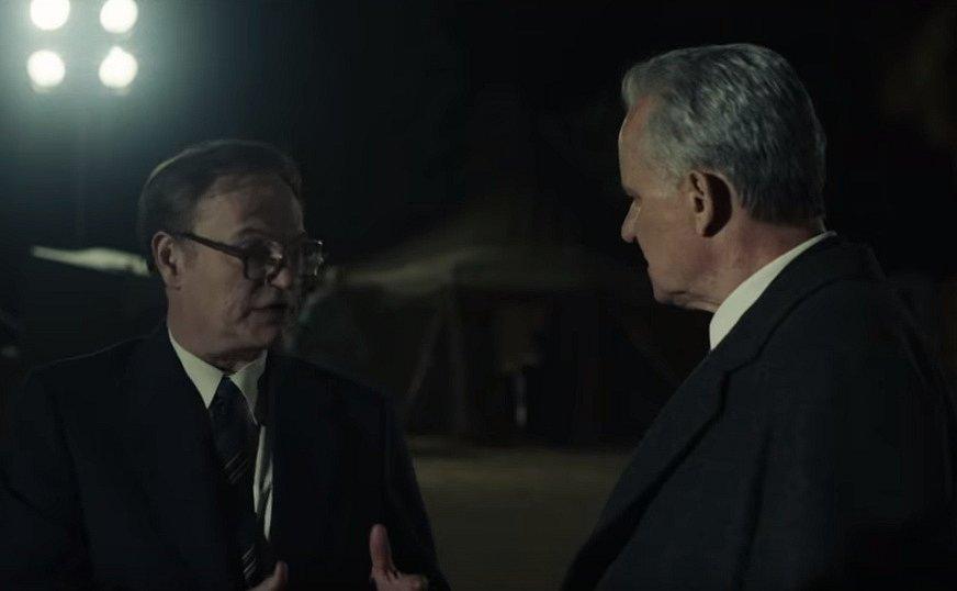 Seriál HBO Černobyl. Jared Harris (vlevo) a Stellan Skarsgård.