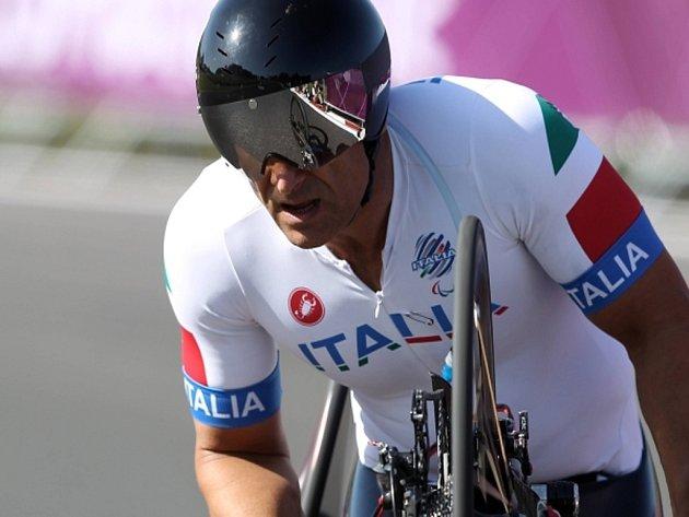 Alessandro Zanardi vyhrál na paralympiádě silniční závod.