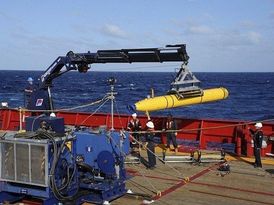 Robotická ponorka Bluefin-21.