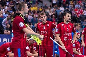 Čeští florbalisté po zápase se Švýcarskem